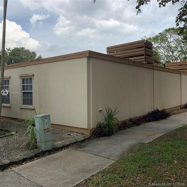 1110, Miami Lakes, FL, 33014 - Photo 2