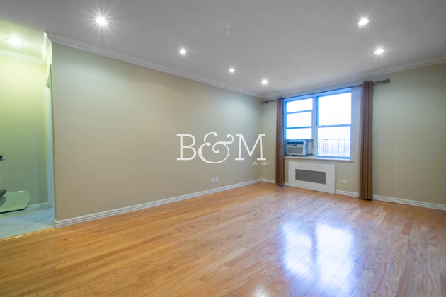 2637, Queens, NY, 11377 - Photo 2