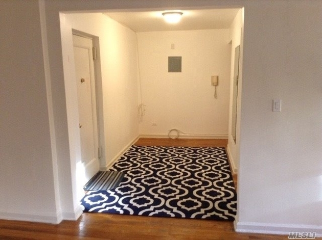 10000000, Forest Hills, NY, 11375 - Photo 2
