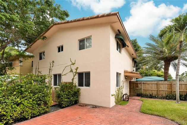 2423, Miami, FL, 33133 - Photo 1