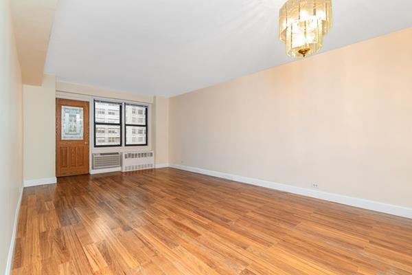 2901, Queens, NY, 11415 - Photo 2