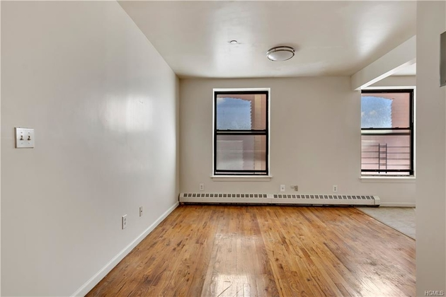 10000000, Bronx, NY, 10451 - Photo 2