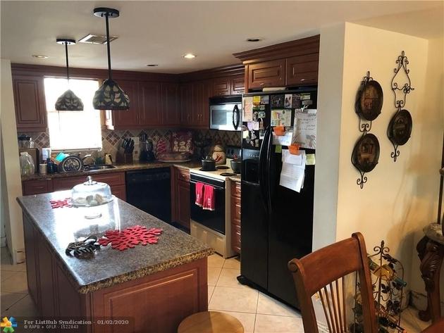 947, Davie, FL, 33314 - Photo 2