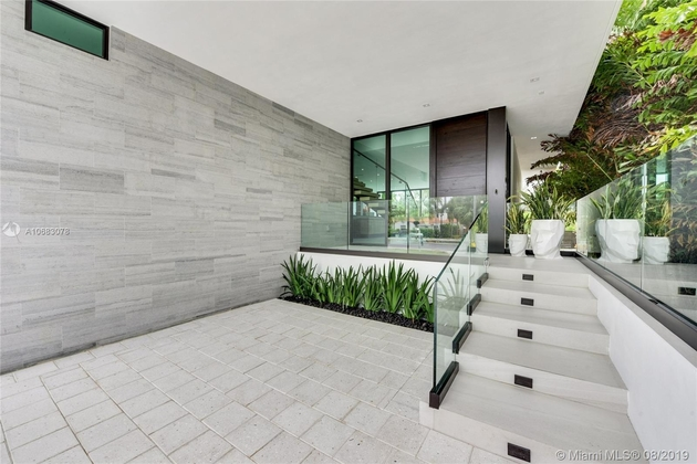14495, Miami Beach, FL, 33139 - Photo 1
