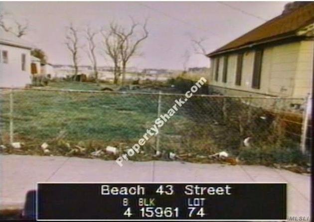 10000000, Far Rockaway, NY, 11691 - Photo 1