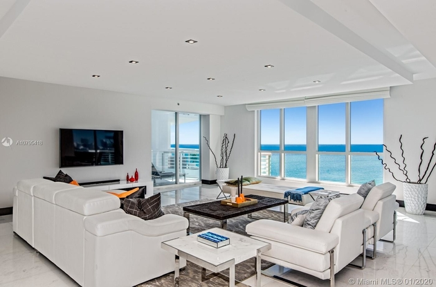 13494, Miami Beach, FL, 33140 - Photo 2