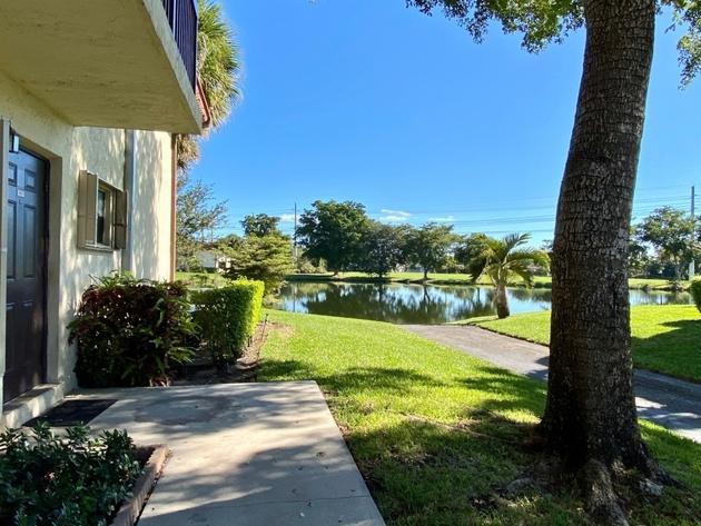 10000000, Pembroke Pines, FL, 33024 - Photo 2