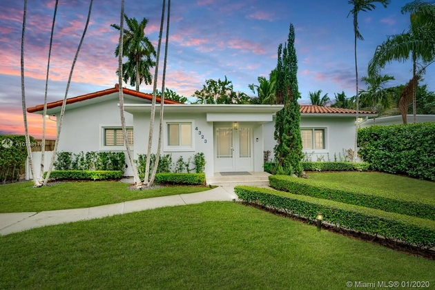 5252, Miami Beach, FL, 33140 - Photo 1