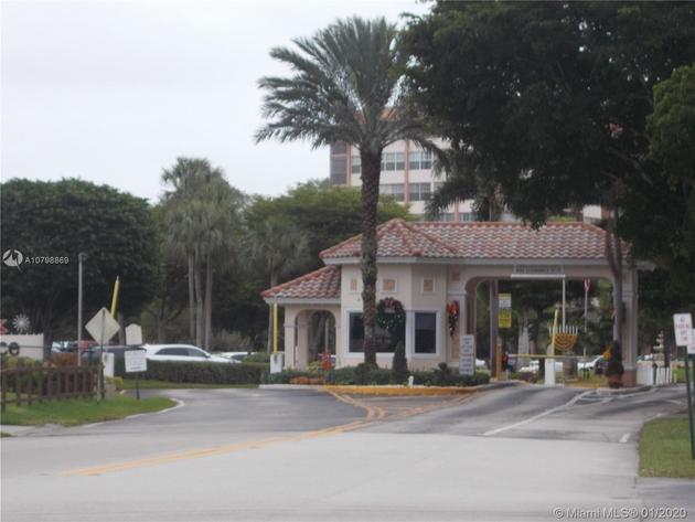 715, Pembroke Pines, FL, 33026 - Photo 1