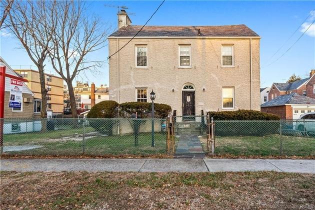9260, Bronx, NY, 10469-6018 - Photo 1