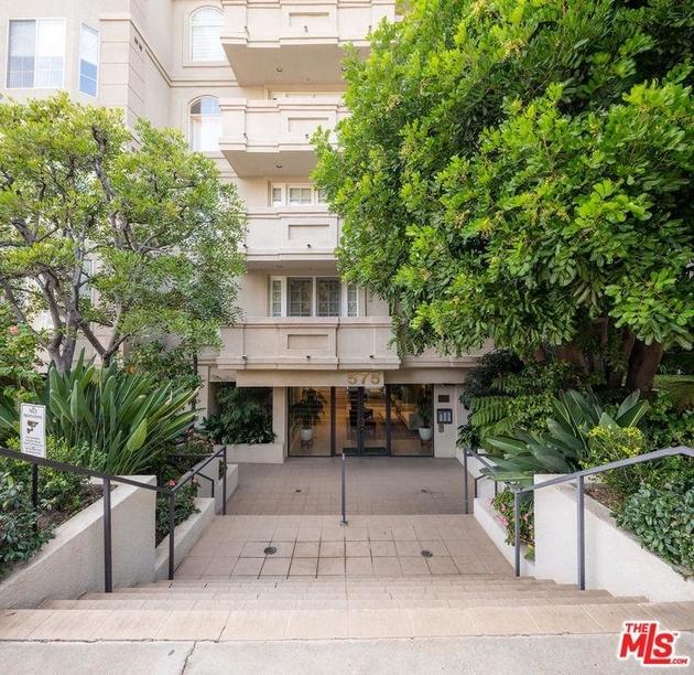 10000000, Los Angeles, CA, 90049 - Photo 2