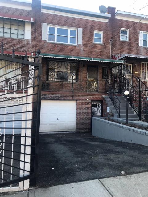 10000000, Bronx, NY, 10469 - Photo 1