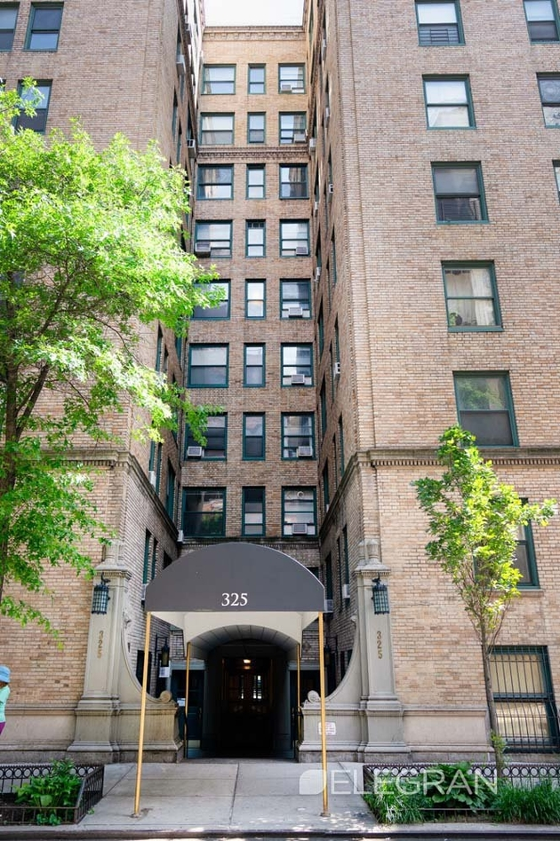 1407, New York, NY, 10036 - Photo 1