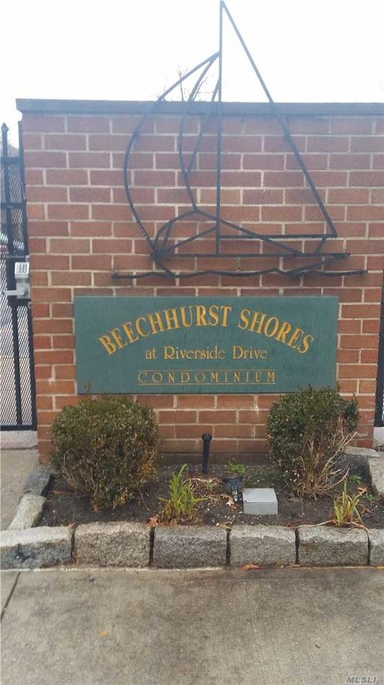 2649, Beechhurst, NY, 11357 - Photo 2