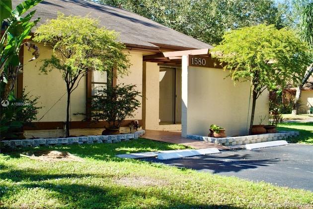 1123, Pembroke Pines, FL, 33024 - Photo 2