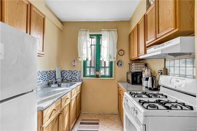 2752, Bronx, NY, 10462-6284 - Photo 1