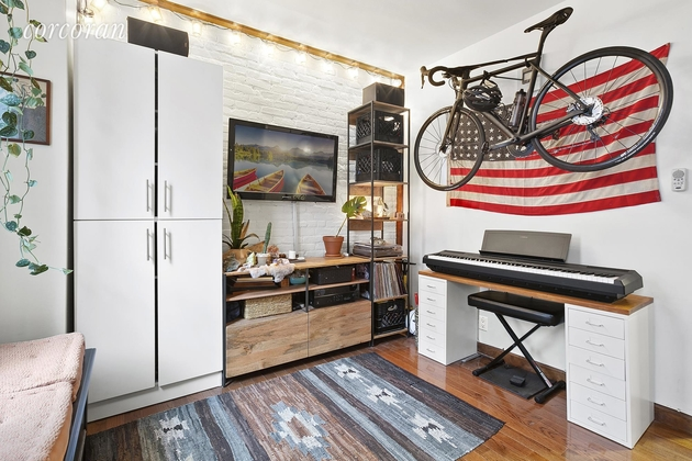 1806, Brooklyn, NY, 11211 - Photo 2