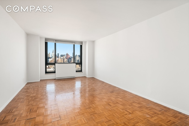 7068, New York, NY, 10003 - Photo 2