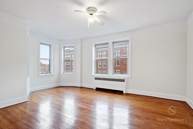 2784, Queens, NY, 11372 - Photo 2