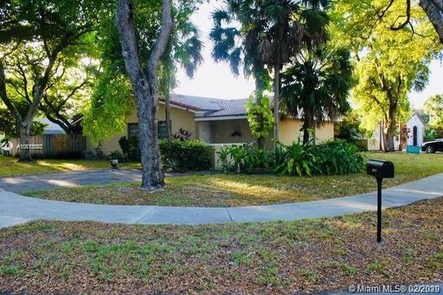 3785, Miami Lakes, FL, 33014 - Photo 2