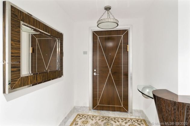 10567, Miami Beach, FL, 33140 - Photo 2