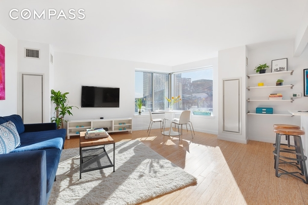 5728, Brooklyn, NY, 11217 - Photo 2
