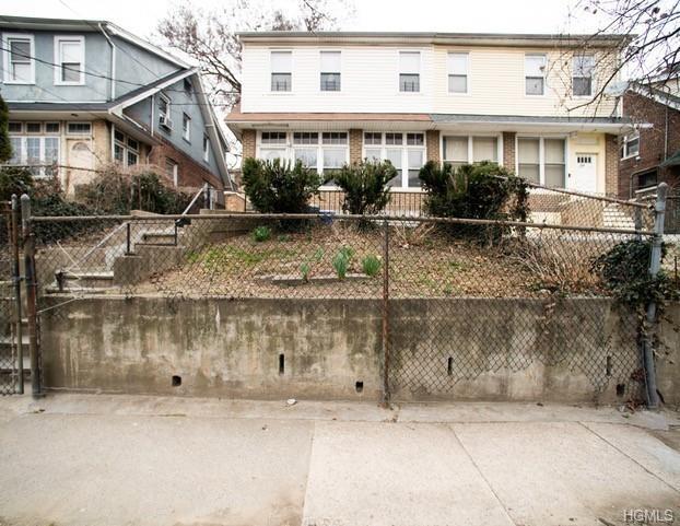 5716, Bronx, NY, 10453-2962 - Photo 1