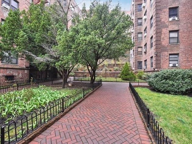 1800, Bronx, NY, 10463 - Photo 1