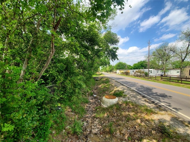 1607, Baytown, TX, 77521 - Photo 2