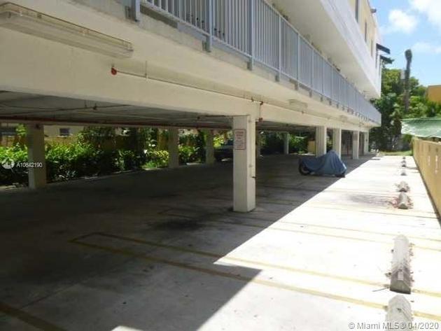 694, Miami, FL, 33128 - Photo 2