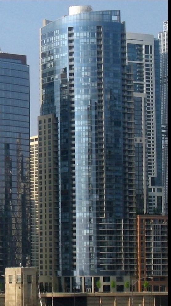 10000000, CHICAGO, IL, 60601 - Photo 1
