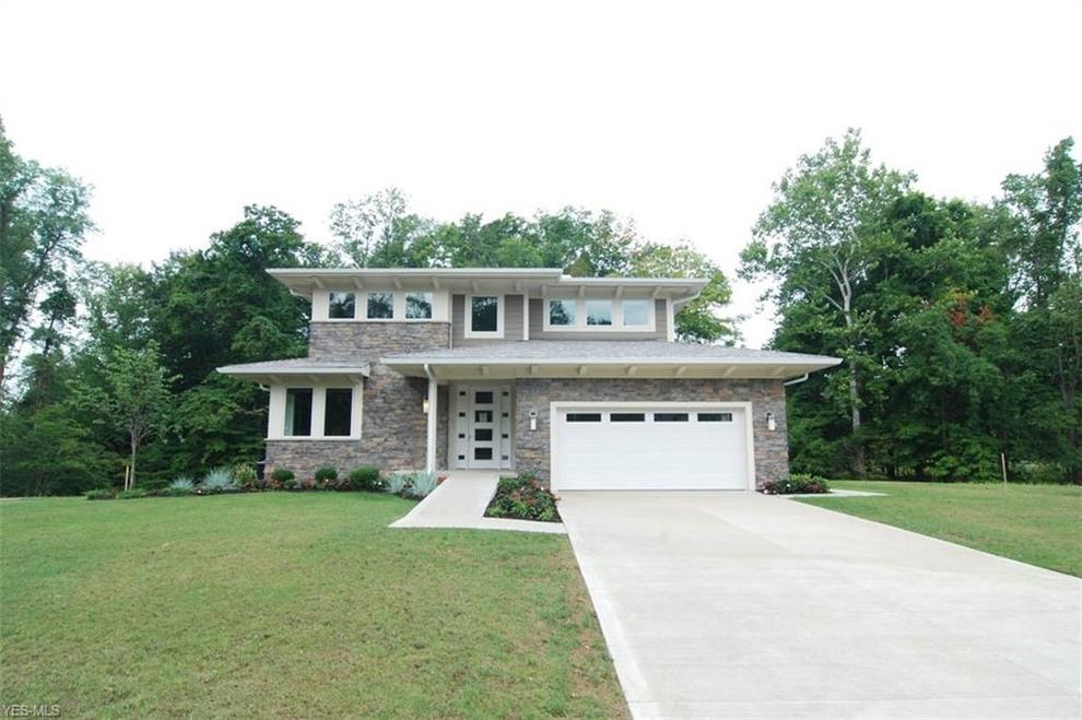 Building at 110 Orange Lake Drive, Cleveland, OH 44128