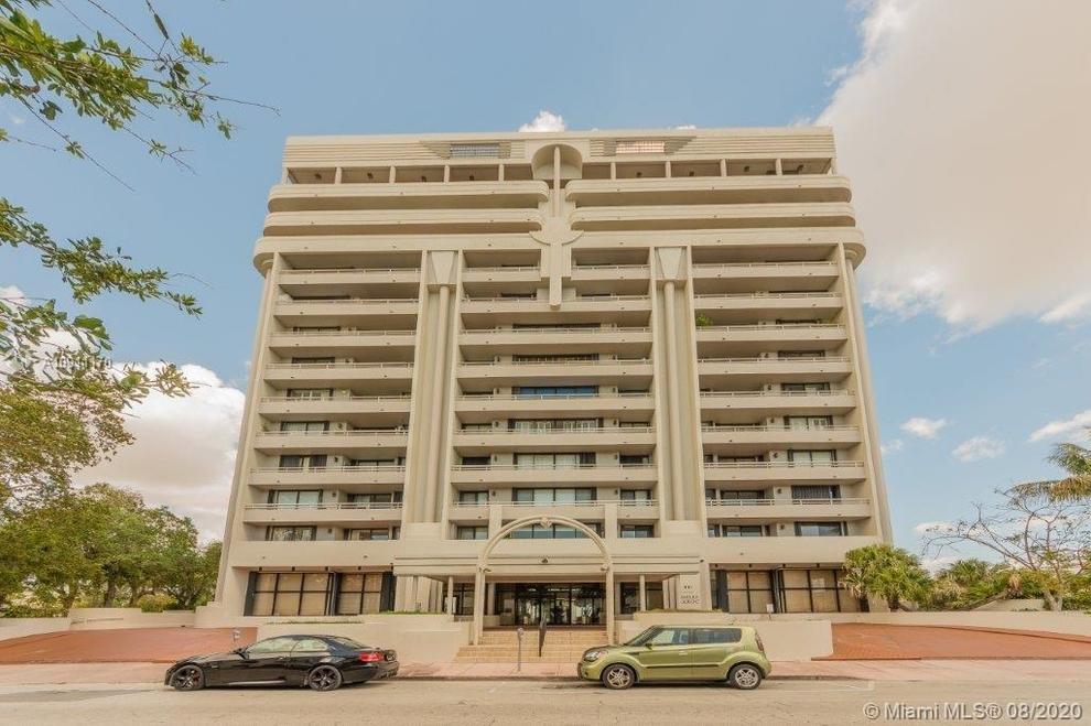 Building at 441 Valencia Avenue, Miami, FL 33134