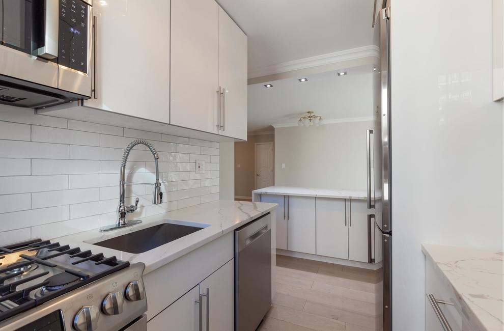 301 East 63rd Street #10F, New York, NY 10065: Sales, Floorplans