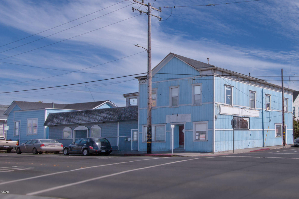 Building at 200 East Oak Street, Fort Bragg, CA 95437
