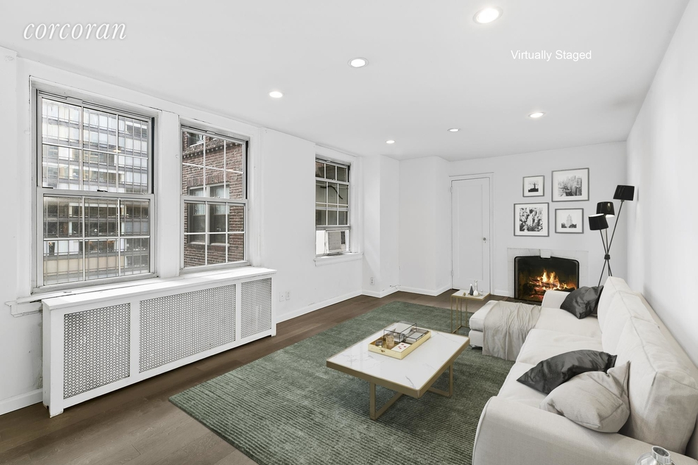 Building at 10 Mitchell Place, New York, NY 10022