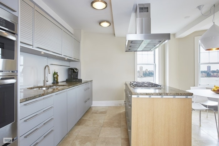 22 Riverside Drive #1213, New York, NY 10023: Sales, Floorplans, Property  Records | RealtyHop