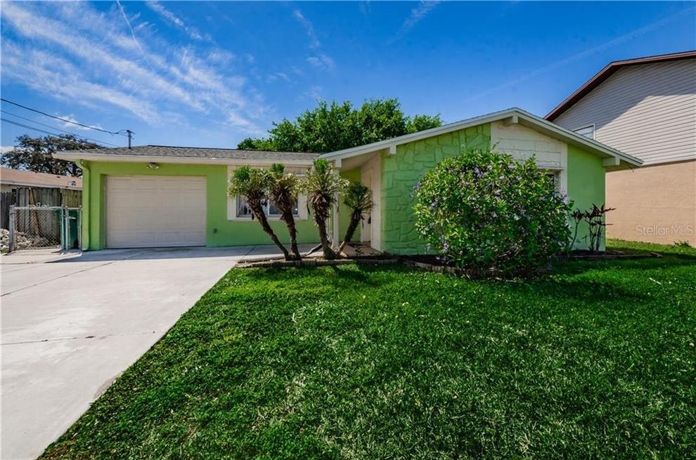Building at 336 Crosswinds Drive, Palm Harbor, FL 34683