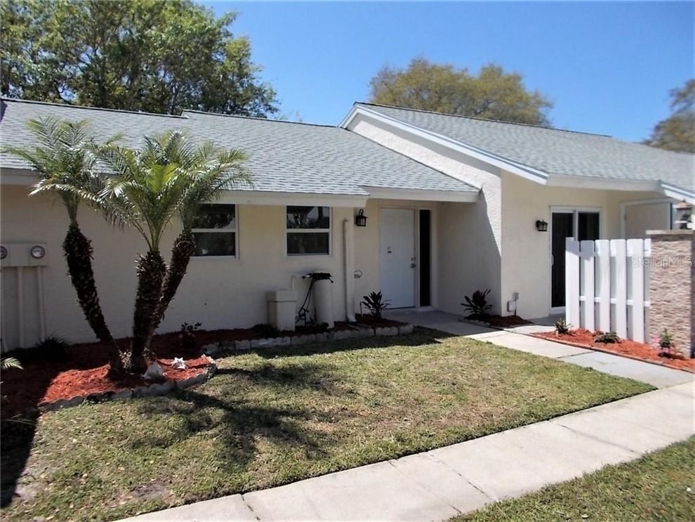 Building at 4002 Poinciana Court, Palm Harbor, FL 34684