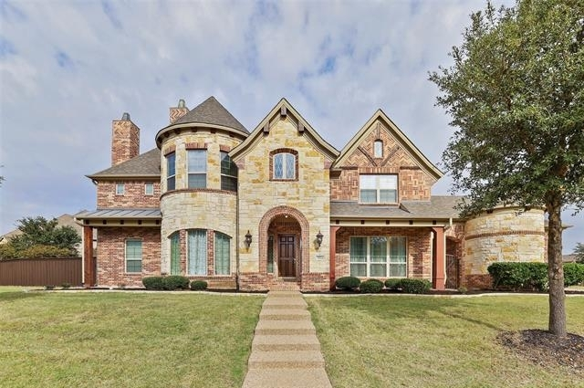Building at 7524 Glenturret Circle, The Colony, TX 75056