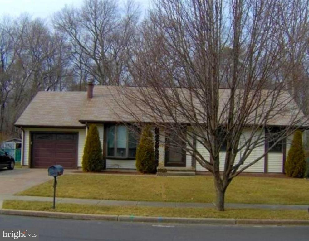 Building at 589 Greenbriar Drive, Williamstown, NJ 08094