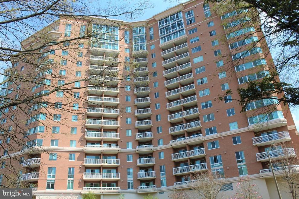 Building at 3101 North Hampton Drive, Alexandria, VA 22302