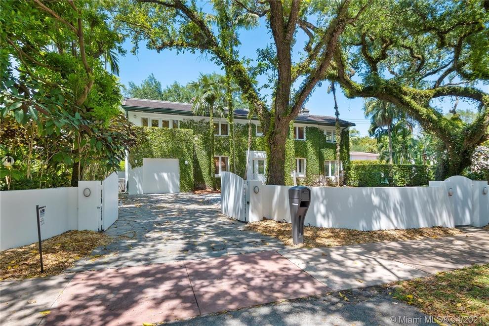 Building at 743 Anastasia Avenue, Miami, FL 33134