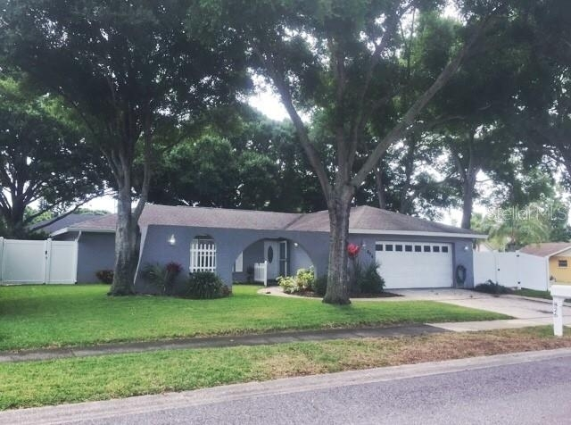Building at 826 16th Way, Palm Harbor, FL 34683