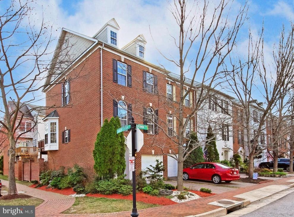 Building at 5000 Grimm Drive, Alexandria, VA 22304