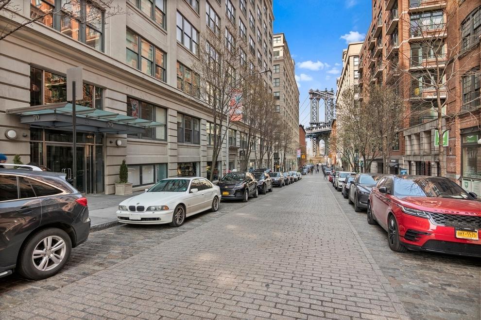 Building at 70 Washington Street, Brooklyn, NY 11201