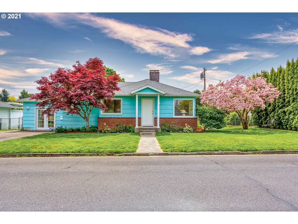 Building at 2804 17th Place, Forest Grove, OR 97116