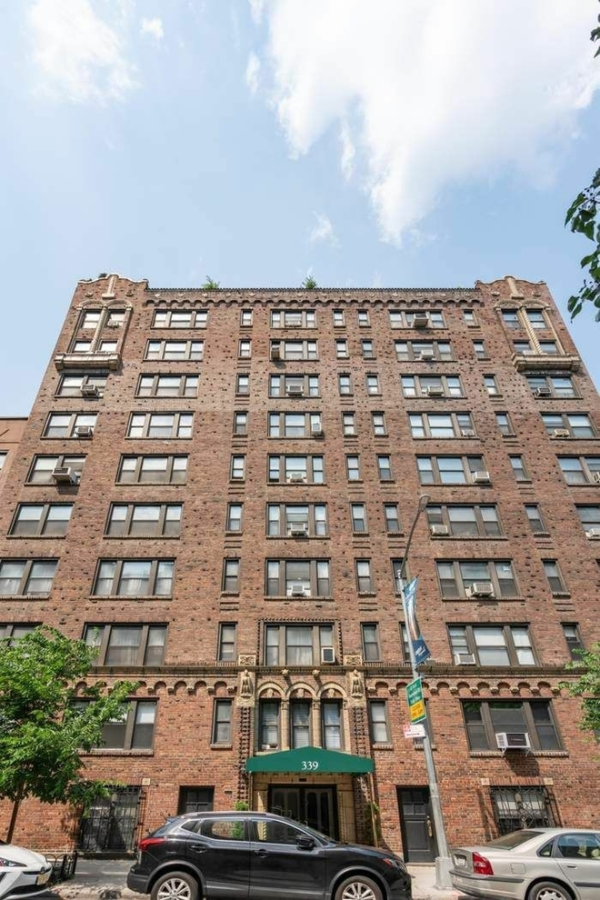 Building at 339 East 58th Street, New York, NY 10022