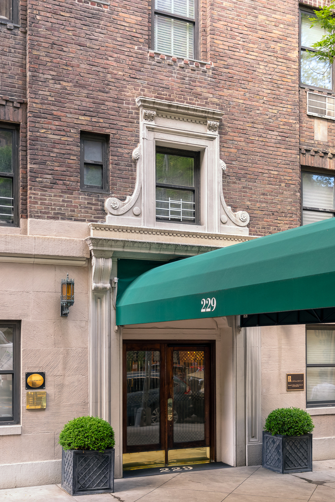 229 East 79th Street New York Ny 10075 Sales
