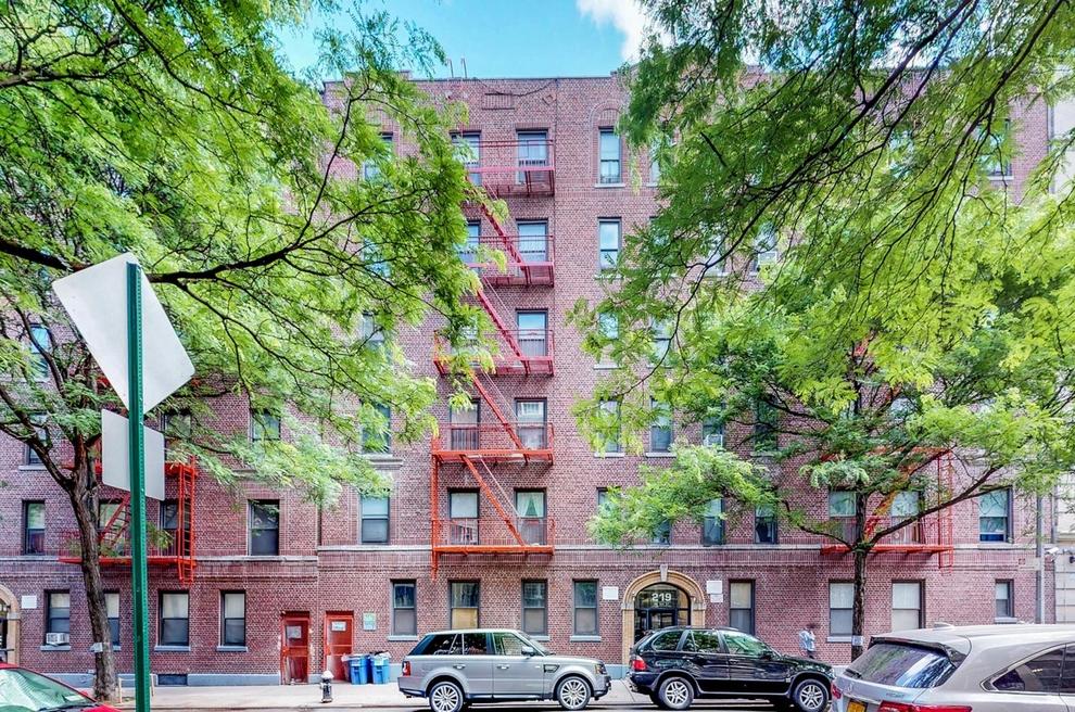219 West 144th Street New York Ny 10030 Sales